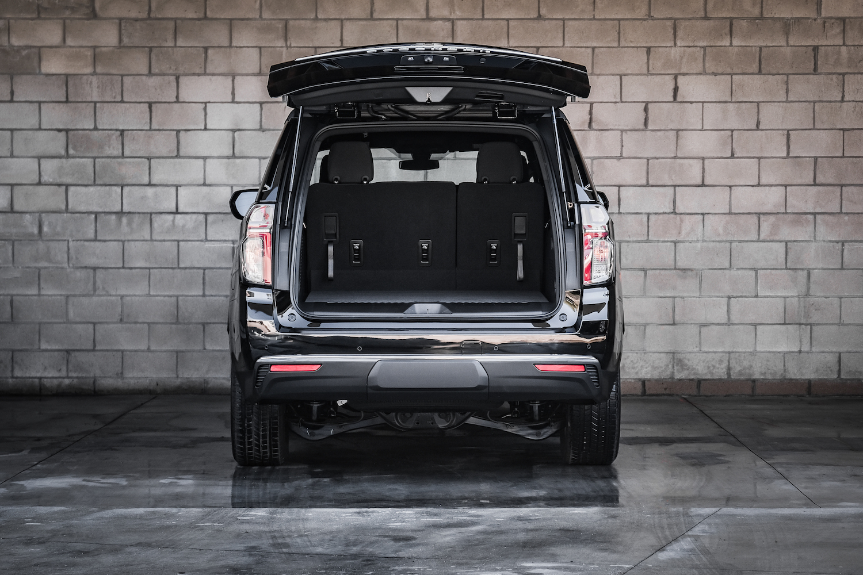 Chevy Suburban LS 2021